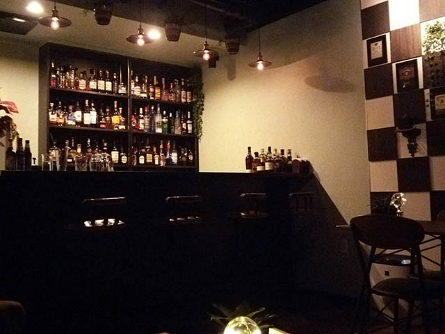 Dining bar Nalelu|店内